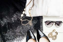 Why Are Fashion Accessories Important When Creating Your Outfit