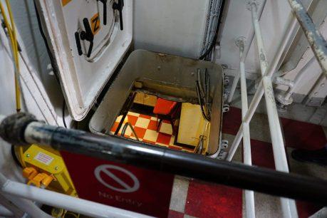 HMS Belfast London - Kijkje naar beneden