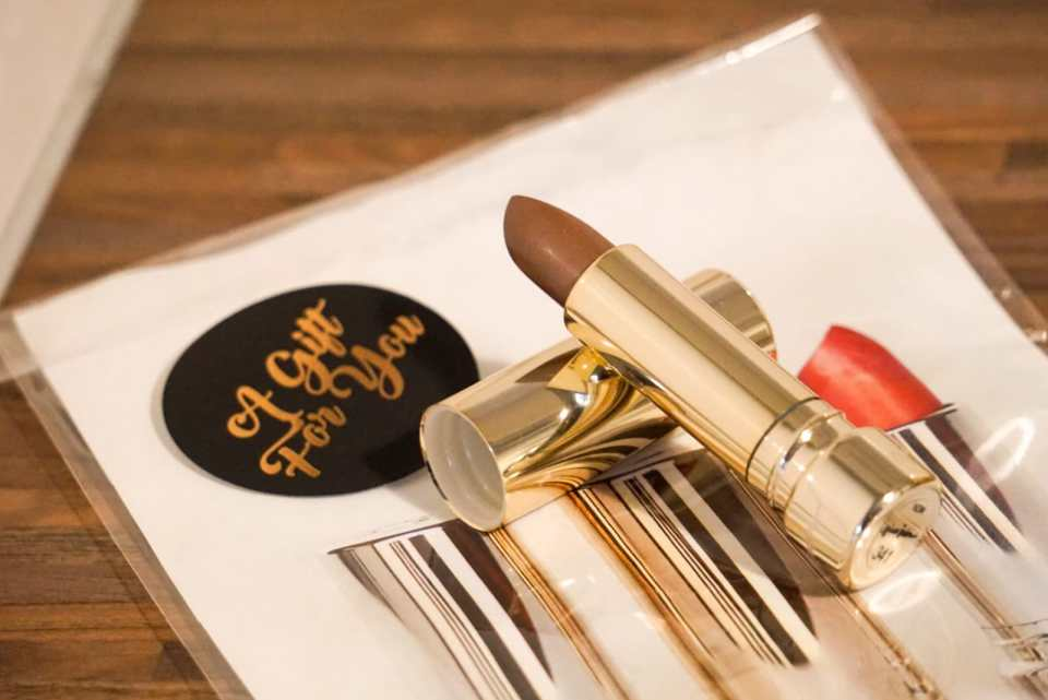 Ariane Inden - Anti Ageing color boost lipstick