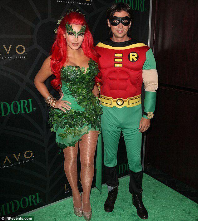 35 Couples Halloween Costumes Ideas Inspirationseek Com  sc 1 st  Cartoonview.co & Top Celebrity Couple Halloween Costumes | Cartoonview.co