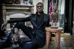 IMANE AYISSI PRÉSENTE LA RICHESSE DE L'AFRIQUE À LA FASHION WEEK PARISIENNE