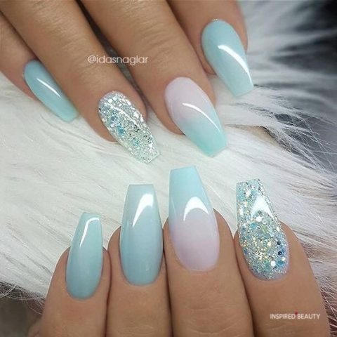 See True Blue acrylic nail