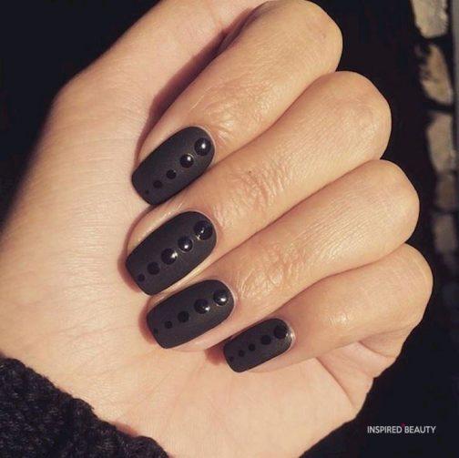 black short acrylic nails idea
