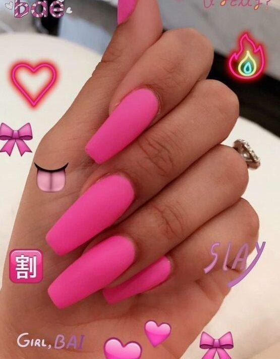slay hot pink nails