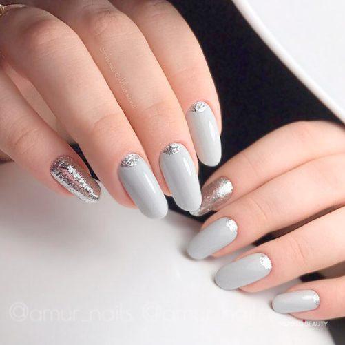 white spring trend nails idea