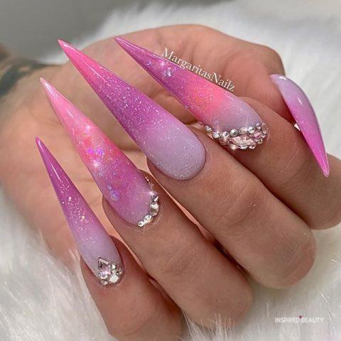 stiletto gel nails