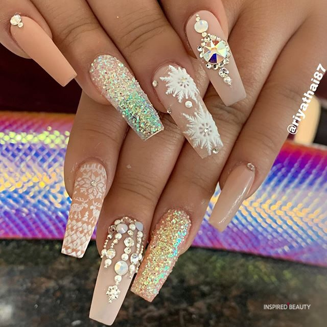 Beige Long Coffin Nails With Rhinestones
