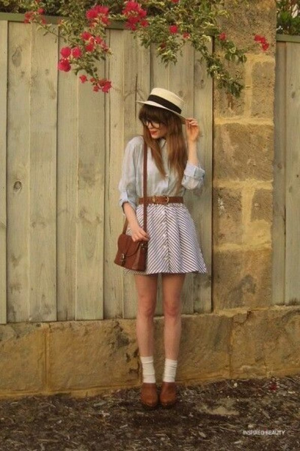 Vintage Outfits - short skirt, white blouse , brown bag and brown shoes