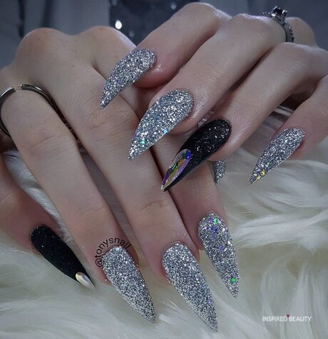 22 CREATIVE AND NEWEST ACRYLIC NAIL DESIGNS FOR 2019