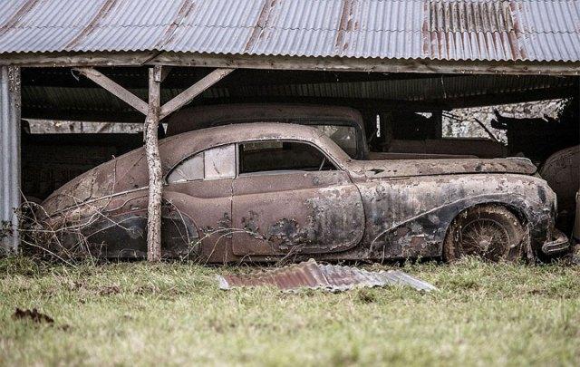treasure-vintage-old-classic-cars-retromobile-france-roger-baillon-41