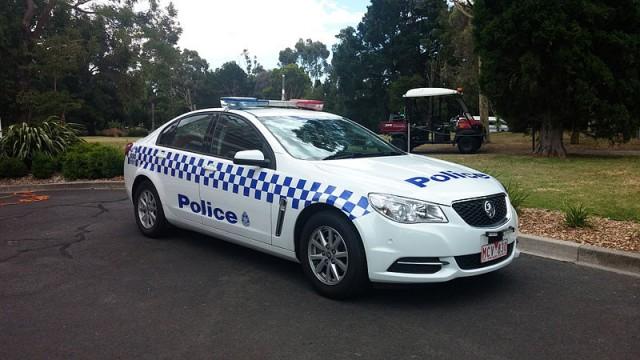 Victoria_Police_2013_Holden_VF_Commodore_SS