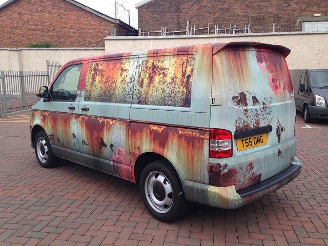 rusty-car-vinyl-wrap-vw-van-clyde-wraps-5