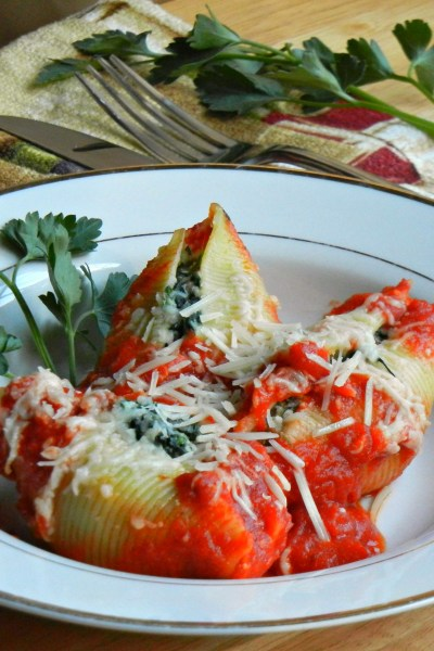 Spinach and Bacon Stuffed Shells