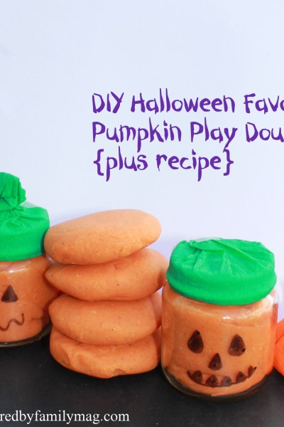 Halloween Party Favors: Pumpkin Play Dough Recipe and Treat