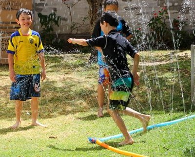 Simple Water Fun: Splish Splash Kids' Bike Wash