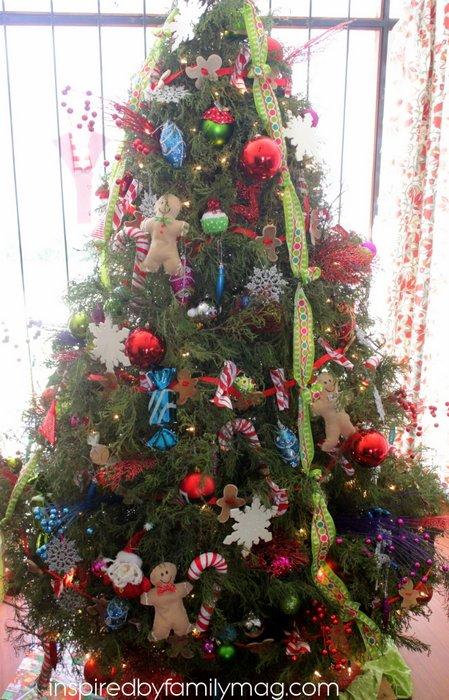 gingerbread man theme christmas tree