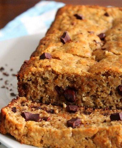 Chocolate Chunk Peanut Butter Banana Bread {Healthy}