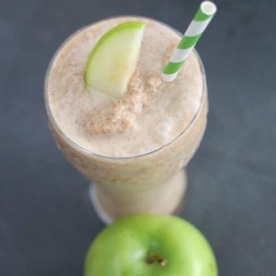 Apple Cinnamon Smoothie {Healthy}