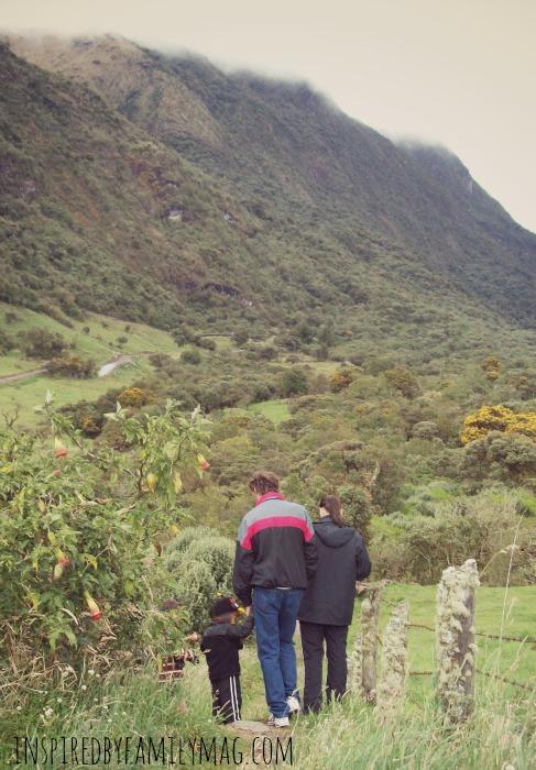 hiking family 1