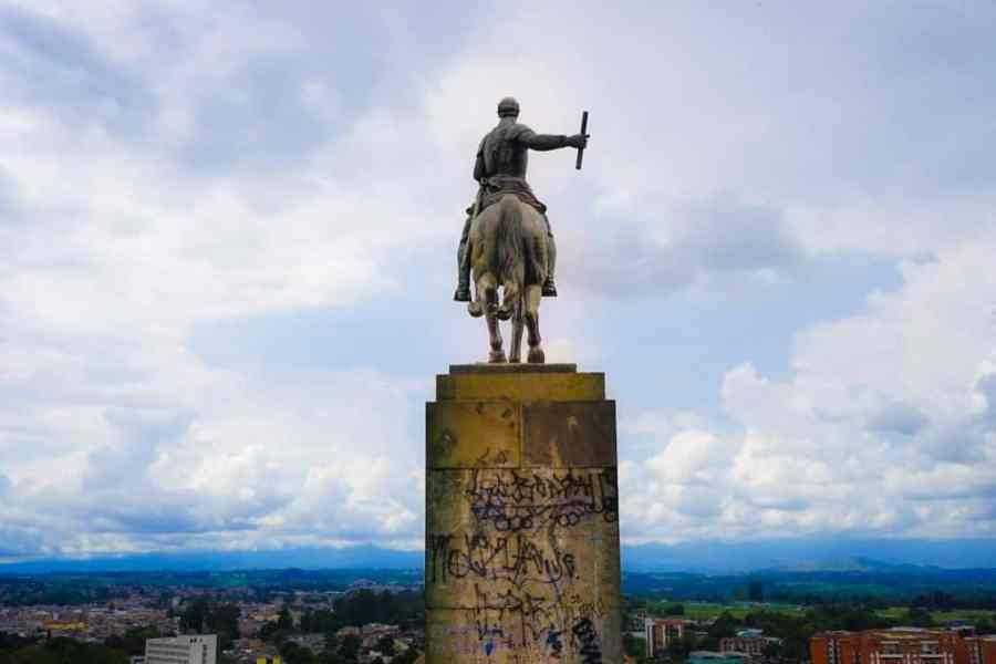 Top Ten Things to Do in Popayan. A list of popayan things to do to help you plan the best trip to Colombia in South America. Check with hostels in popayan for up to date information and for conditions in Purace National Park