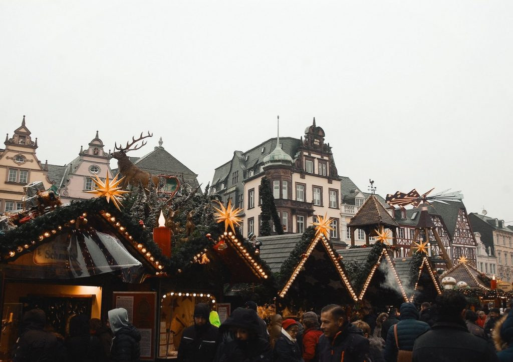 Image result for vienna winter market schonborn