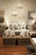 48+ beautiful Farmhouse Style Master Bedroom Ideas 07