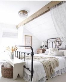 48+ beautiful Farmhouse Style Master Bedroom Ideas 08