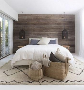 48+ beautiful Farmhouse Style Master Bedroom Ideas 23
