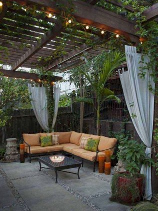 63+ Best Small Backyard Landscaping Ideas 65