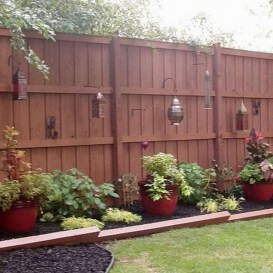 Amazing 9+ Backyard Privacy Fence Landscaping Ideas On A Budget 07