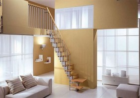 20+ Cool Stairs Design Ideas For Small Space (3)