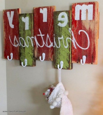23+ Cool DIY Crafts Wooden Christmas Ideas (21)