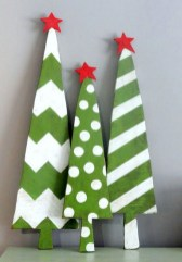 23+ Cool DIY Crafts Wooden Christmas Ideas (25)