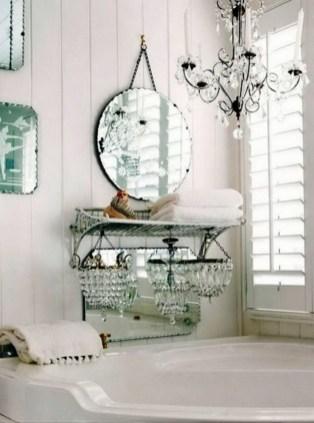 25+ Beautiful Shabby Chic Romantic Bathroom Ideas (20)