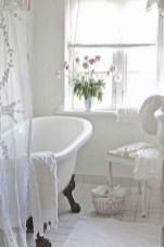 25+ Beautiful Shabby Chic Romantic Bathroom Ideas (25)