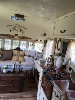 45+ Marvelous Rural Modern RV Tour Remodel Ideas (8)