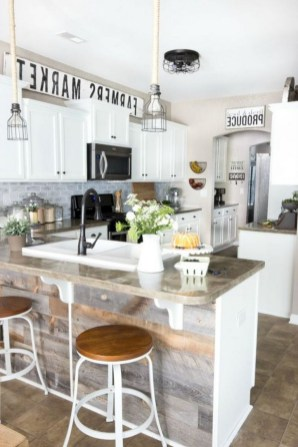 50+ Amazing Modern Farmhouse Kitchen Cabinets Decor Ideas 26