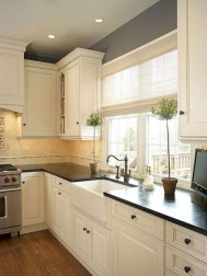 50+ Amazing Modern Farmhouse Kitchen Cabinets Decor Ideas 31