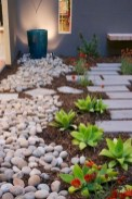 58+ Beautiful Low Maintenance Front Yard Landscaping Ideas (37)