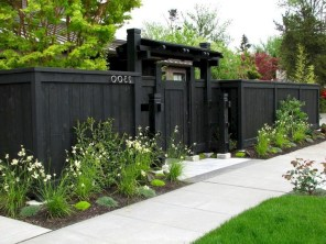 63+ Inspiring DIY Front Yard Privacy Fence Remodel Ideas (14)