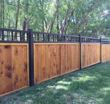 63+ Inspiring DIY Front Yard Privacy Fence Remodel Ideas (63)