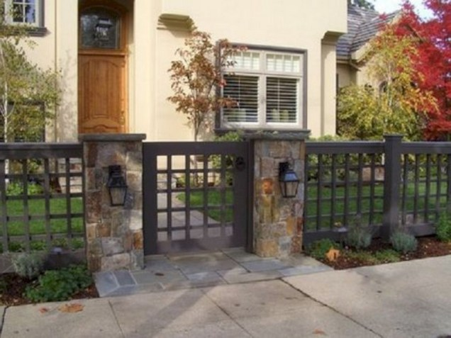63+ Inspiring DIY Front Yard Privacy Fence Remodel Ideas (65)