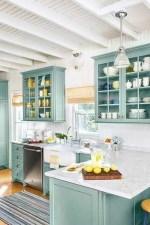 70+ Amazing Farmhouse Gray Kitchen Cabinet Design Ideas 15