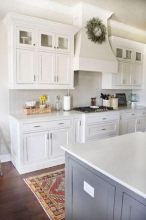 70+ Amazing Farmhouse Gray Kitchen Cabinet Design Ideas 26