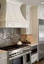 70+ Amazing Farmhouse Gray Kitchen Cabinet Design Ideas 28