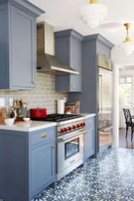 70+ Amazing Farmhouse Gray Kitchen Cabinet Design Ideas 39