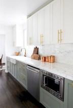 70+ Amazing Farmhouse Gray Kitchen Cabinet Design Ideas 46