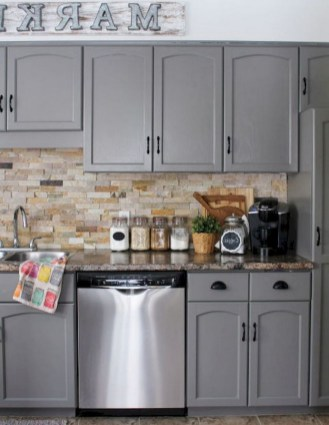 70+ Amazing Farmhouse Gray Kitchen Cabinet Design Ideas 69