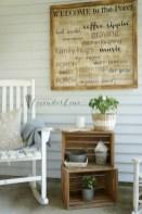 Astonishinh Farmhouse Front Porch Design Ideas 05