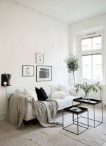 28+ Comfy Neutral Winter Ideas for Your Home Decor (21)